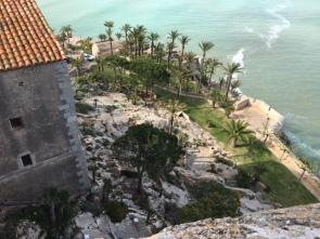Cliff on Castle