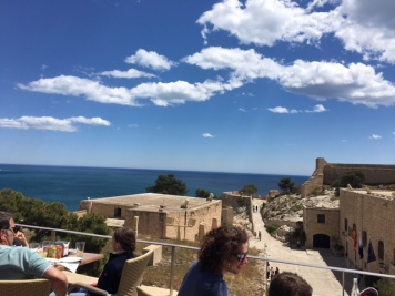 A little lunch - SB castle - Alicante